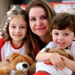 Karina Caldas Lima, empresária e mãe da Guilhermina de 7 anos e do Victor Hugo de 3 anos.